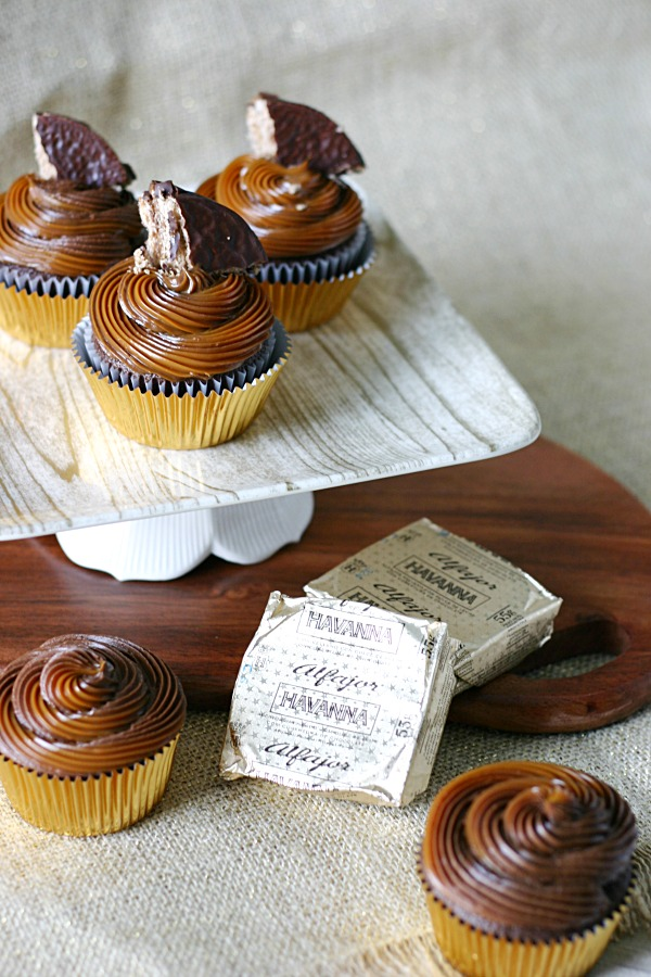 chocolate-alfajor-cupcake