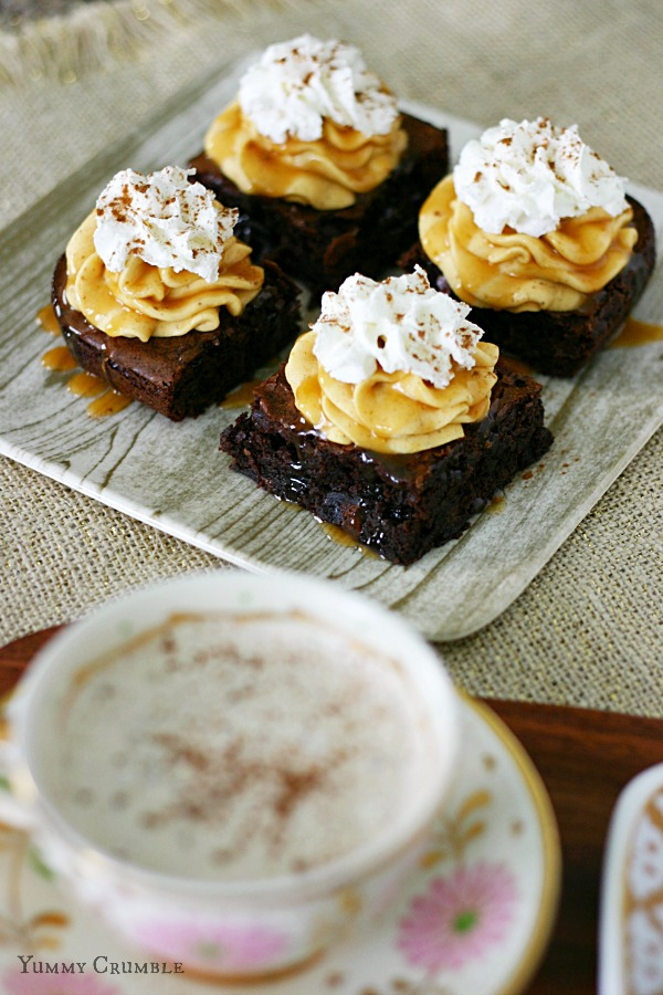 Pumpkin Spice Latte Brownies with Pumpkin Buttercream Frosting - www.yummycrumble.com